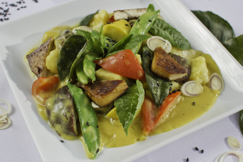 Thai Yellow Curry with Vegetables and Tofu